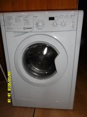 Продам стиральную машину Indesit,  закгрузка 7 кг