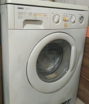 Продам стиральную машинку Б/У